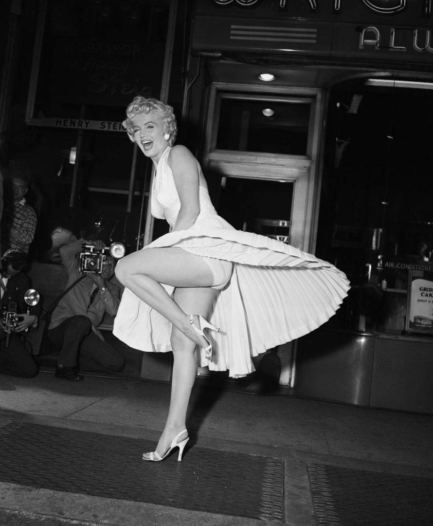 Marlyn Monroe și celebra rochiță albă