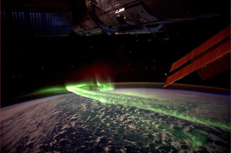 André Kuipers/ESA/NASA : Luminile Sudului- Aurora intre Australia si Antartica