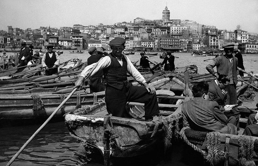 Ara-Guler-Ochiul-din-Istanbul-01