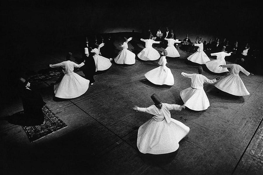 Ara-Guler-Ochiul-din-Istanbul-03