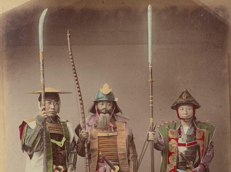 Kusakabe Kimbei Samurai îmbrăcați în armuri