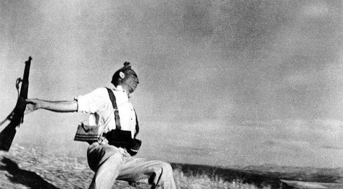Robert Capa photo